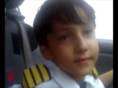 کوچکترین خلبان بین المللی ایران