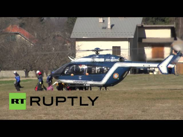 France: Helicopter crews search Germanwings crash site