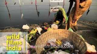 Chhath Puja dedicated to the worship of Sun God - India