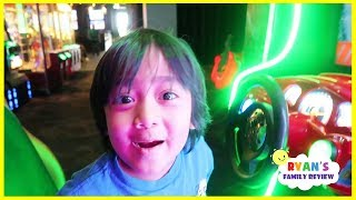 RYAN BEATS DADDY at Games from Dave and Busters!!!