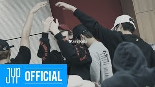 "Stray Kids [INTRO ""Clé : LEVANTER""]"