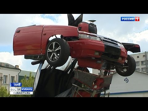 Житель Новокубанска собрал автомобиль-трансформер