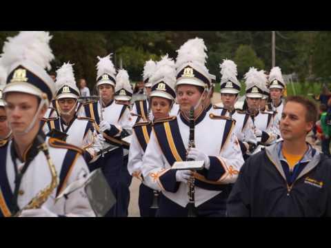 KMHS Homecoming Parade and Music 2016