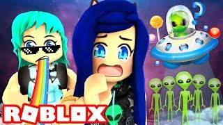 We found a hidden secret in Area 51...Roblox Alien Story!
