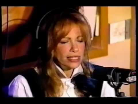 Carly Simon with Howard Stern in 1995