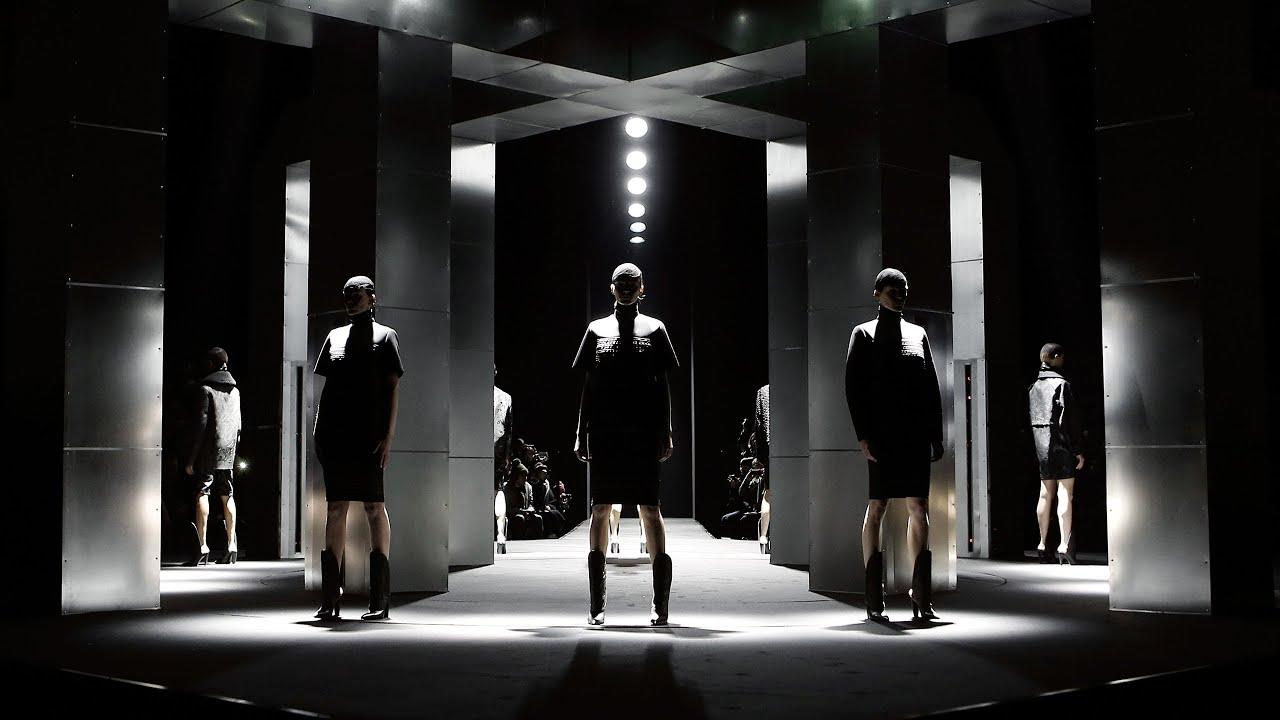 Alexander wang fall 2014 runway show youtube for Runway fashion show video