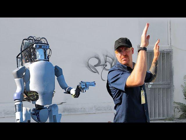 Boston Dynamics: New Robots Now Fight Back thumbnail