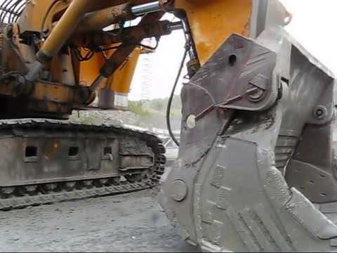 Demag H285S Crawler Repair