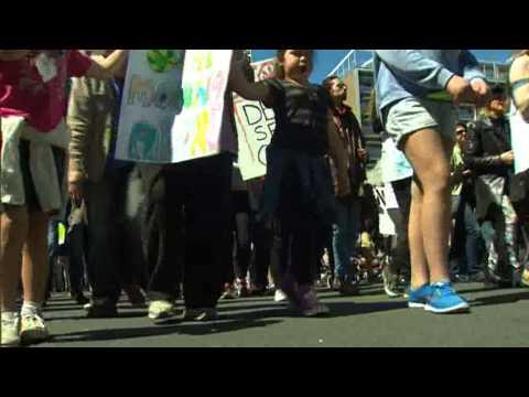 Hīkoi against Statoil arrives in Auckland