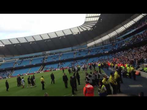 Manchester city's lap of honer