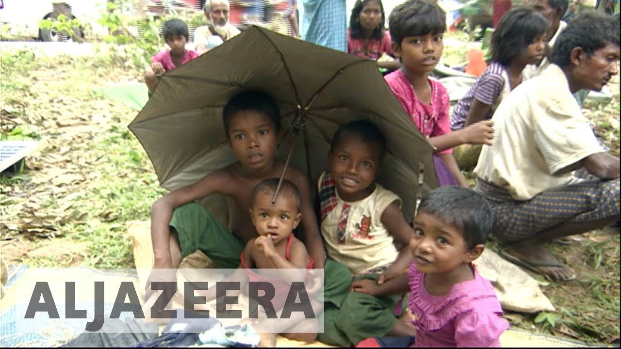 Rohingya refugees forced to set up camp along border