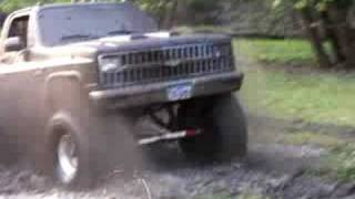 chevy 4x4 playing in mud