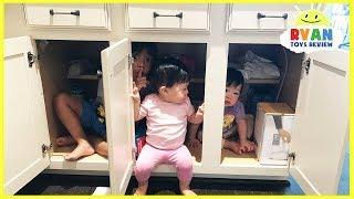 Kid plays Hide N Seek with twins baby sisters! Family Fun kids Playtime Ryan ToysReview