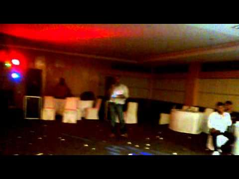 Sanson Ki Zaroorat Hai Jaise - Karaoke sung by Pavan