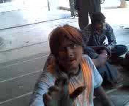 Gg 2 Roony Ni Bahen No Bhosdo video