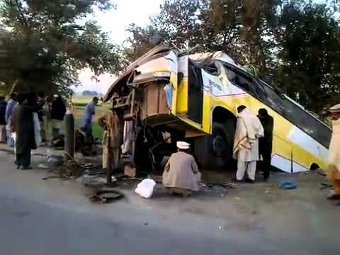 AWAN COACH (JB-9997) accident in talagang