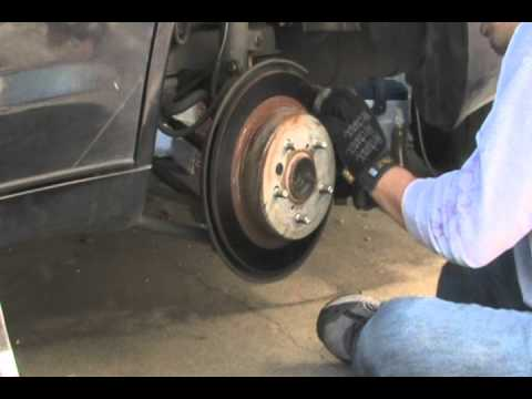 Replacing Rear Disc Brake Pads Shoes On Toyota 2nd Gen