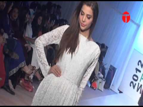 Karachi Fashion Week kicks off
