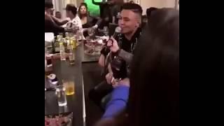 Festa na casa do Neymar com cantor Felipe Araújo