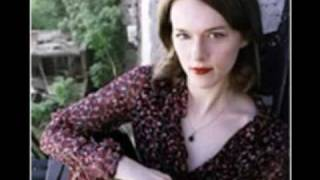 Watch Laura Cantrell Queen Of The Coast video