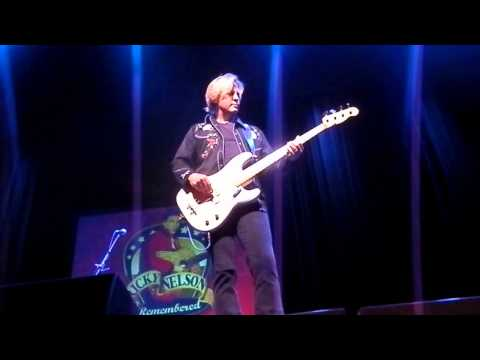 Ricky Nelson 39 S Twin Sons Sing Garden Party At King Center In Florida Youtube