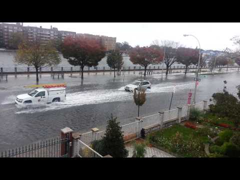0 North East USA Ravaged   SANDY STORM 125 Dead(197 Tl) Ships Sink; Flood 8 Mil No Power 11.1.12