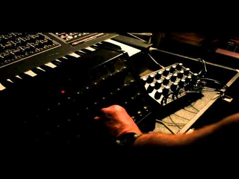 MICROMAC 1 TEST 2 + Korg SQ-10 Sequencer