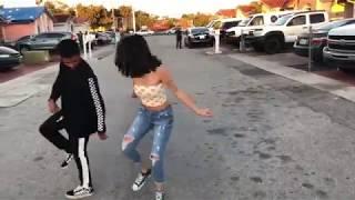 Download Lagu Malu Trevejo Dancing To Bruno Mars - Finesse (Remix) [Feat. Cardi B] Gratis STAFABAND