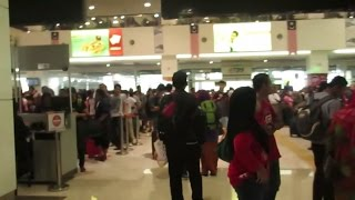 Vlog 8/11/15 - Going Home!!!~~ But the bus station at KL Malaysia is really!!!!