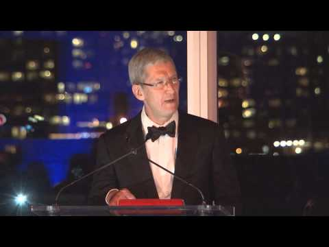 Tim Cook receiving the IQLA Lifetime Achievement Award