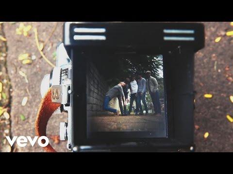Falling Awake - Kaiser Chiefs