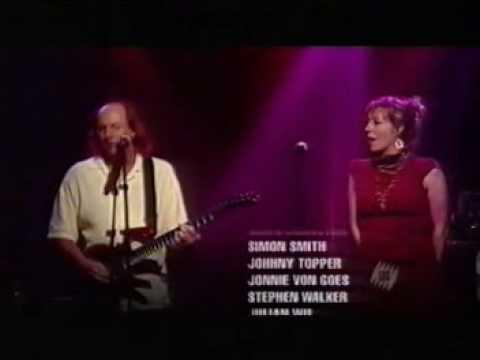 Martha Wainwright&Adrian Belew - Heroes (RocKwiz)