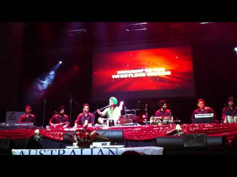 satinder sartaj live melbourne 2011 part 3 new song sucha soorma...