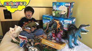Dinosaur toys from Jurassic Park! Skyheart opens rubber dinosaurs, schleich, figures, eggs