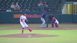 New Orleans' Diaz provides insurance with a homer