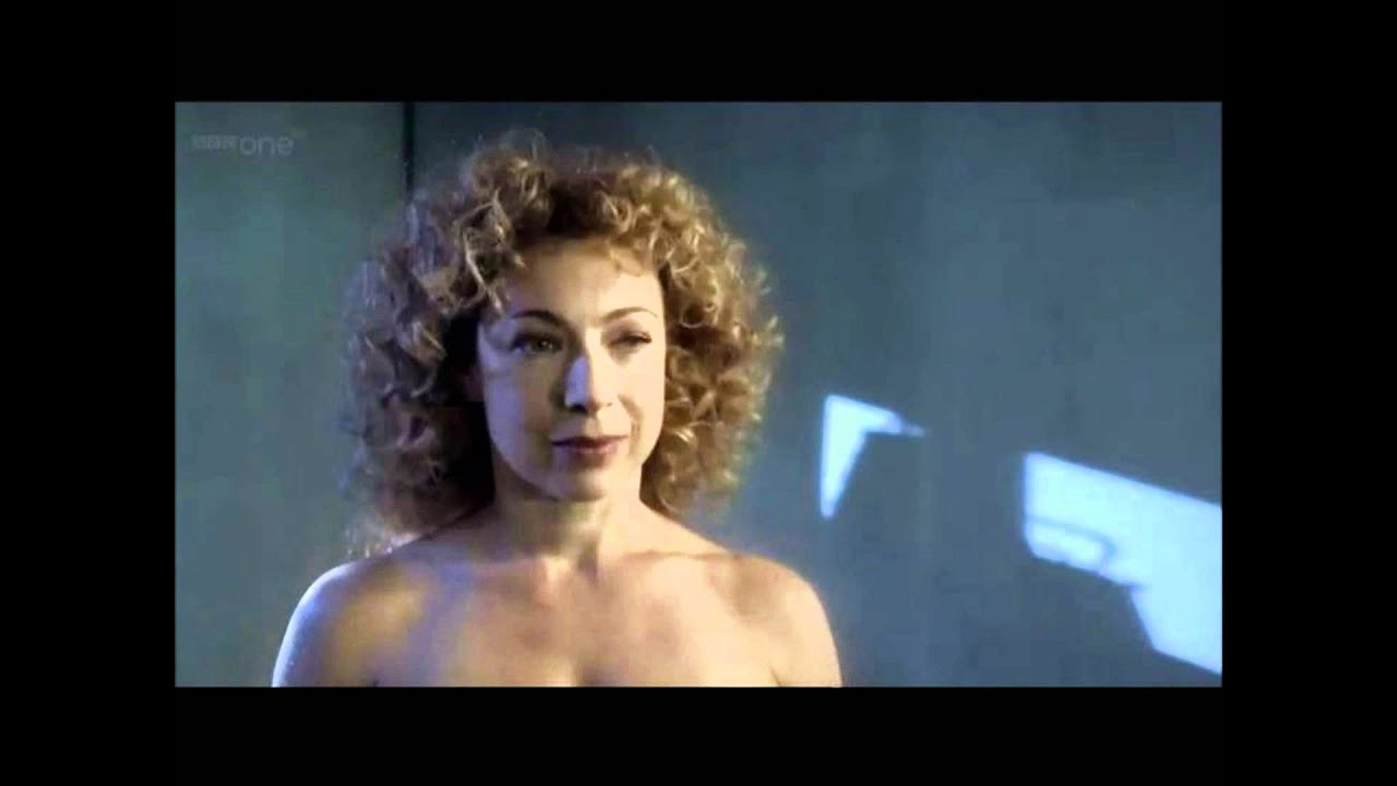 doctor who series 6 spoilers (the doctor kisses River song ...