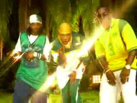 Nelly Ft. P.diddy & Murphy Lee - Shake Ya Tailfeather video