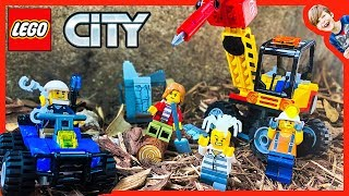 Lego Police Cops & Robbers Gold Mine Robbery!