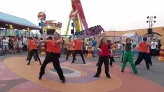 "2013 海洋公園 哈囉喂 快閃舞 Flash Mob in ""Halloween Fest"" of Ocean Park"