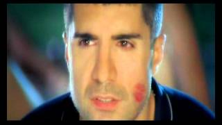 Özcan Deniz - Zorun Ne Benle Aşk (Official Video)