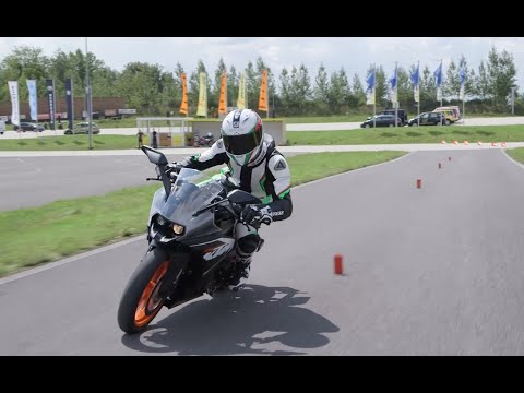 REVIEW: KTM RC 125 first road test