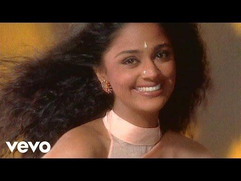 Suneeta Rao - Chhoti Chhoti Baatein Video | Reason to Smile