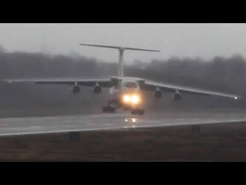 Ilyushin IL-76 strong Crosswind landing. Unbelieveable Russian Pilot skills ! (Watch in HD!)