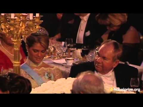 Clip: Anthony J. Leggett's speech at the Nobel Banquet, December 10, 2003