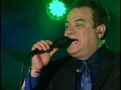 Tony Vega *Ella Es*
