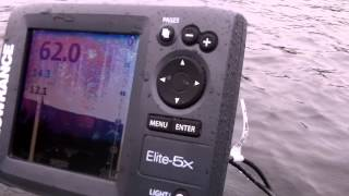 Install a Lowrance, Humminbird, Garmin, Raymarine fishfinder on your boat in a minute