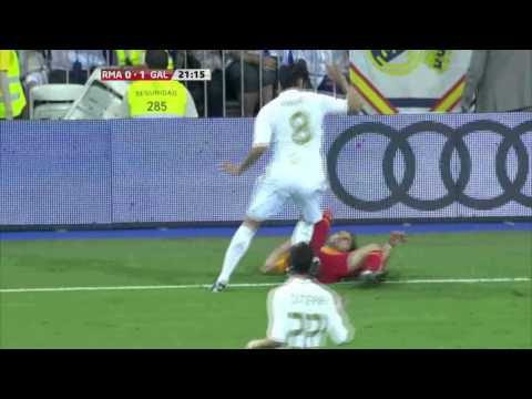 Cristiano Ronaldo vs Villarreal (A) 11-12 HD 720p by MemeT [Cropped]