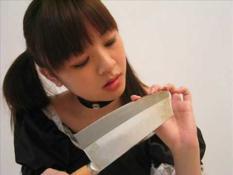 Asian Girl + Knife + Gun = Hot video