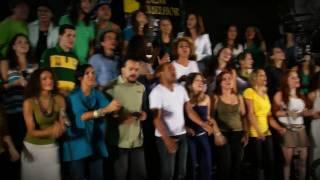 Somos t�o Jovens - Um Mundo Bem Melhor (We are the World Brasil) - Oficial HD