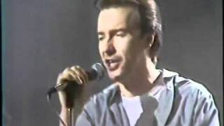 Watch Ultravox Serenade video